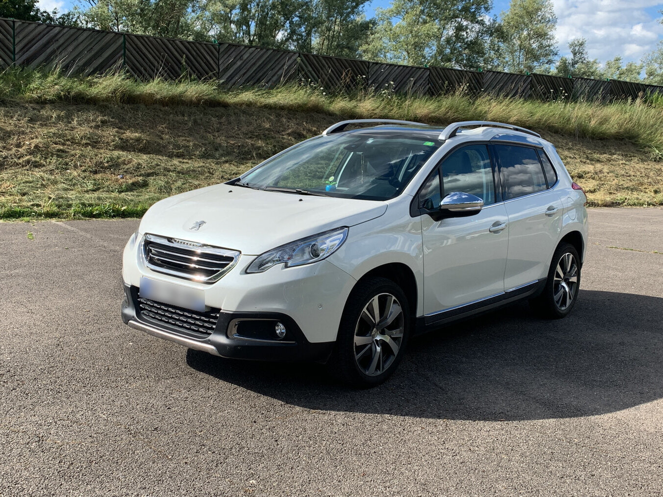 PEUGEOT 2008 1.2 PURETECH 110 ALLURE EAT BVA START-STOP