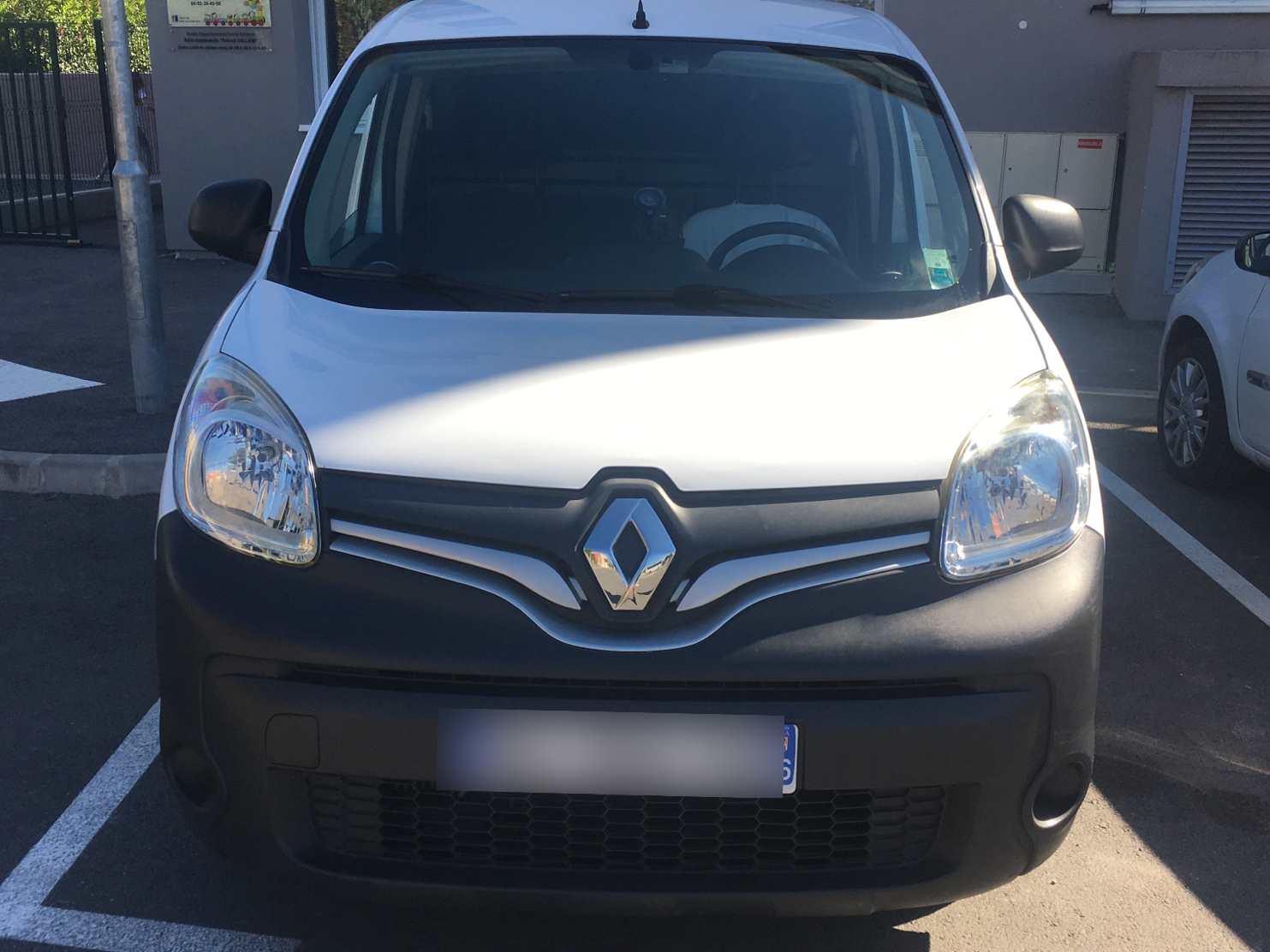 renault kangoo express compact 1 5 dci 90 energy grand confort carventura. Black Bedroom Furniture Sets. Home Design Ideas