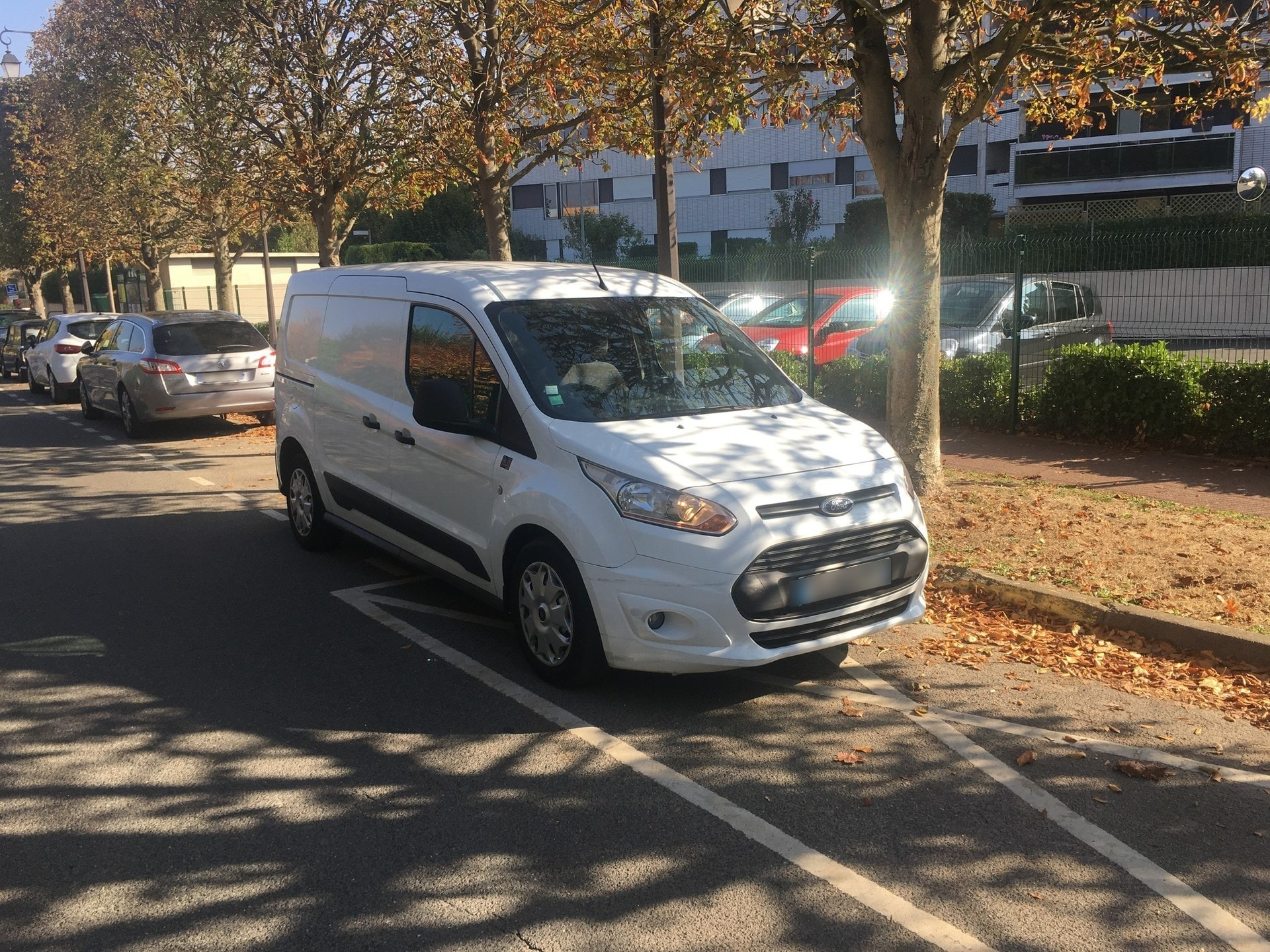 FORD TRANSIT CONNECT FOURGON 1.6 TDCI 95 L2 TREND - Carverntura