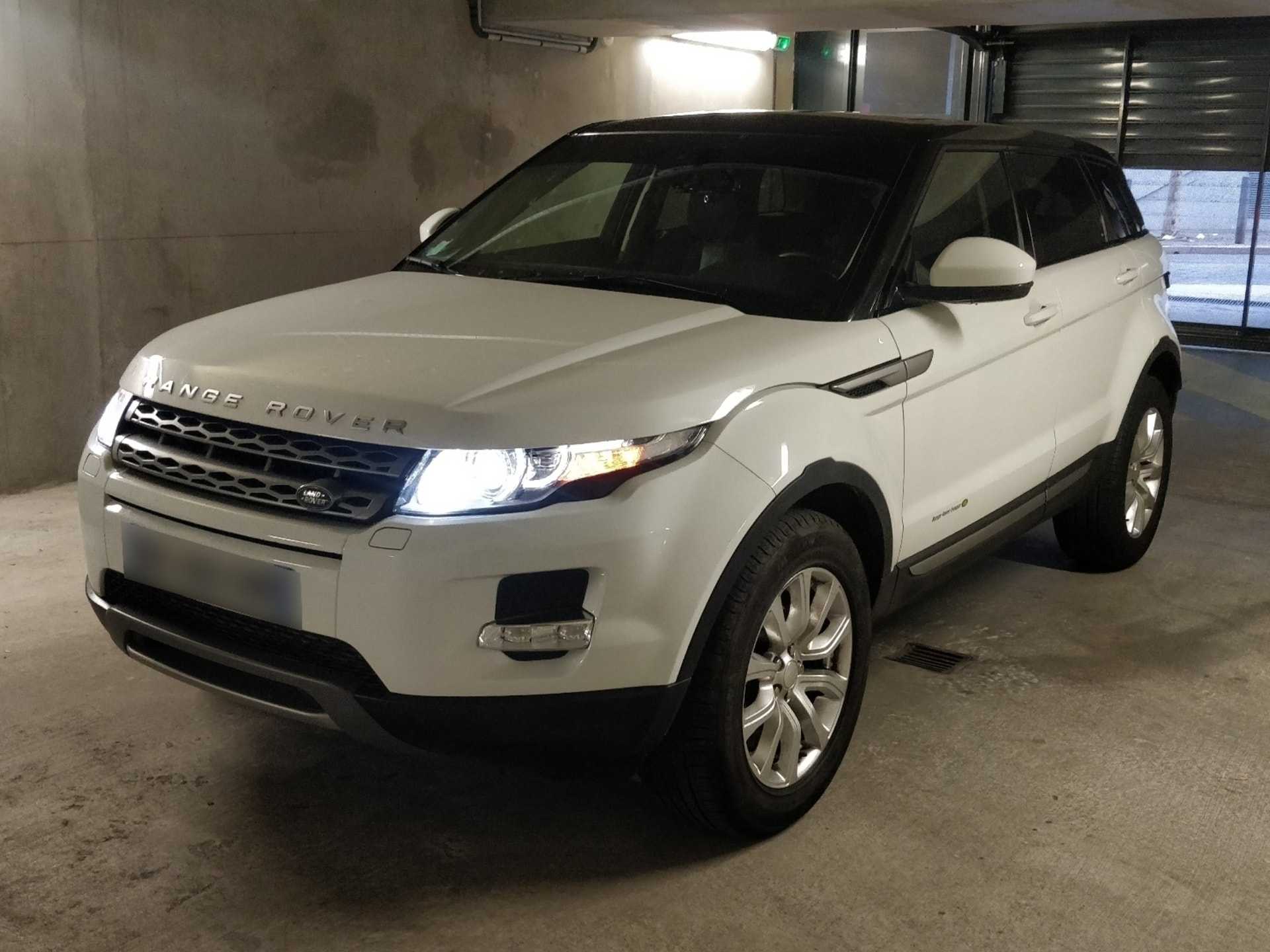 LAND ROVER EVOQUE 2.2 ED4 150 PURE PACK TECH 2WD - Carverntura