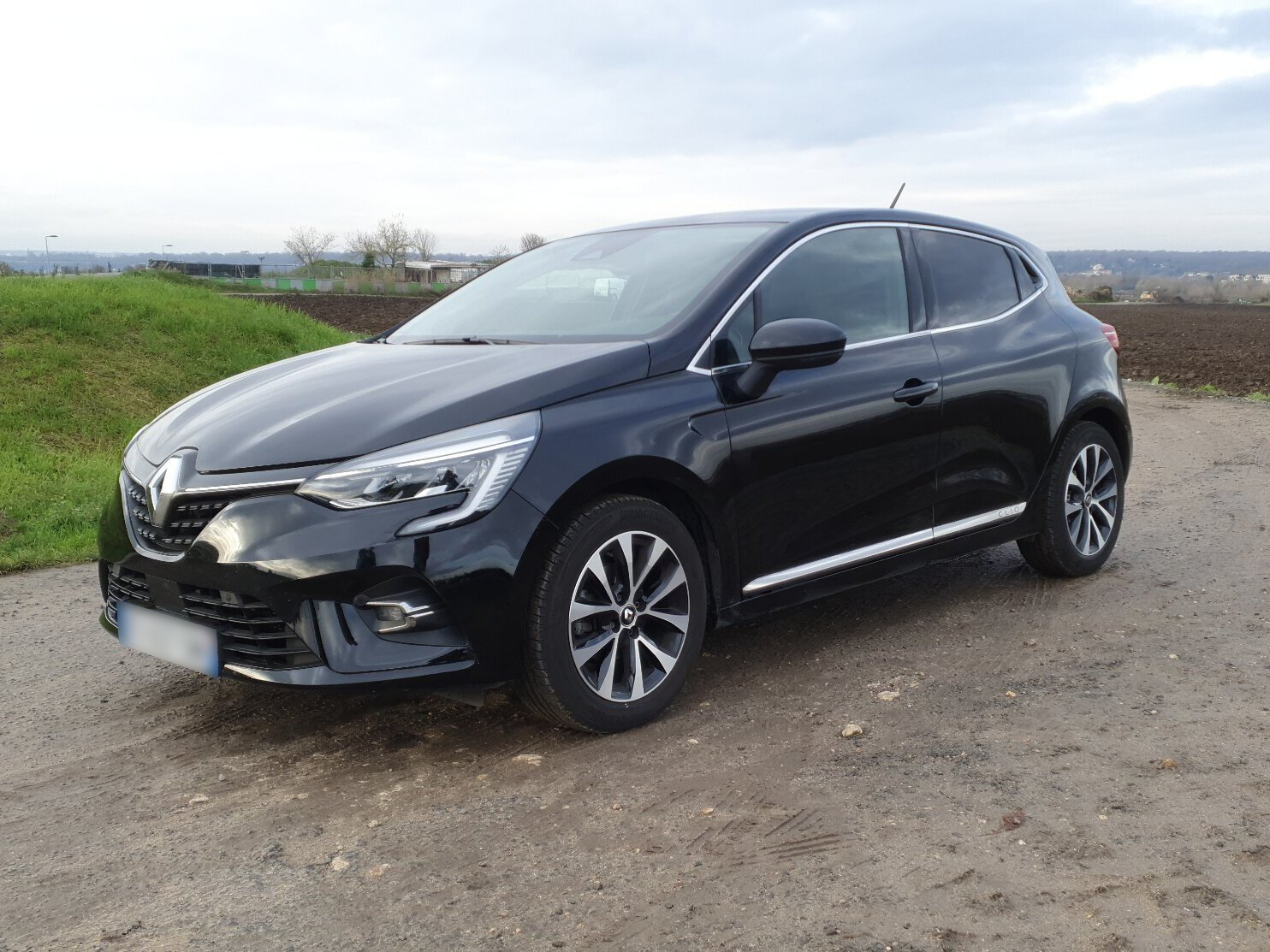 RENAULT CLIO 1.0 TCE 100 INTENS