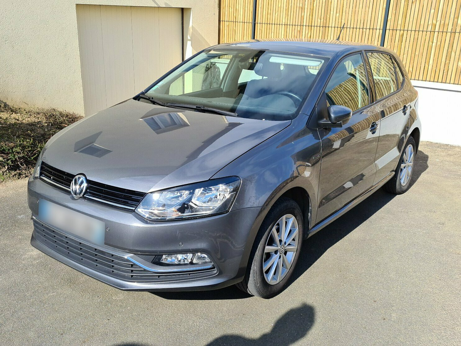 VOLKSWAGEN POLO 1.2 TSI 90 BLUEMOTION LOUNGE