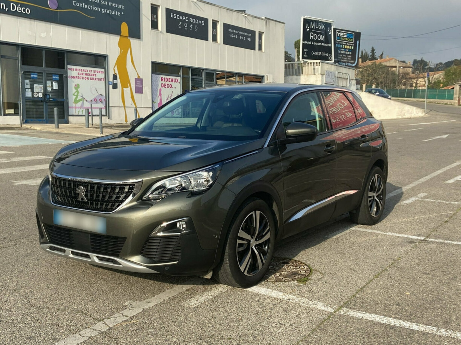 PEUGEOT 3008 GENERATION-II 1.2 PURETECH 130 ALLURE BUSINESS EAT BVA START-STOP - Carventura