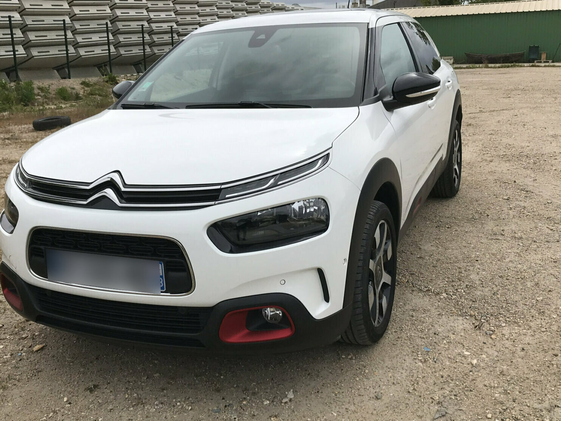 CITROEN C4 CACTUS 1.2 PURETECH 110 SHINE EAT BVA START-STOP - Carventura