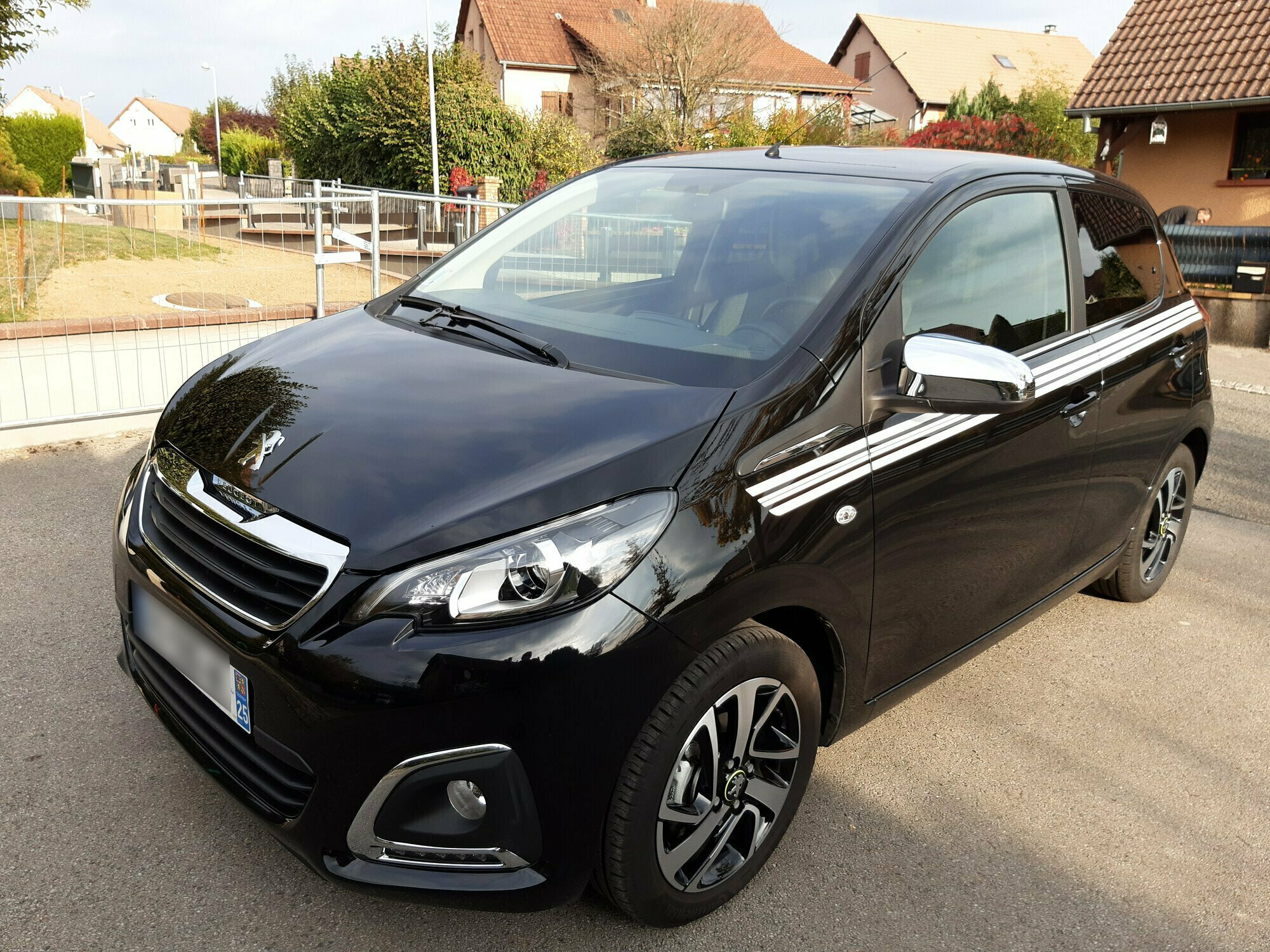 PEUGEOT 108 1.0 VTI 70 COLLECTION