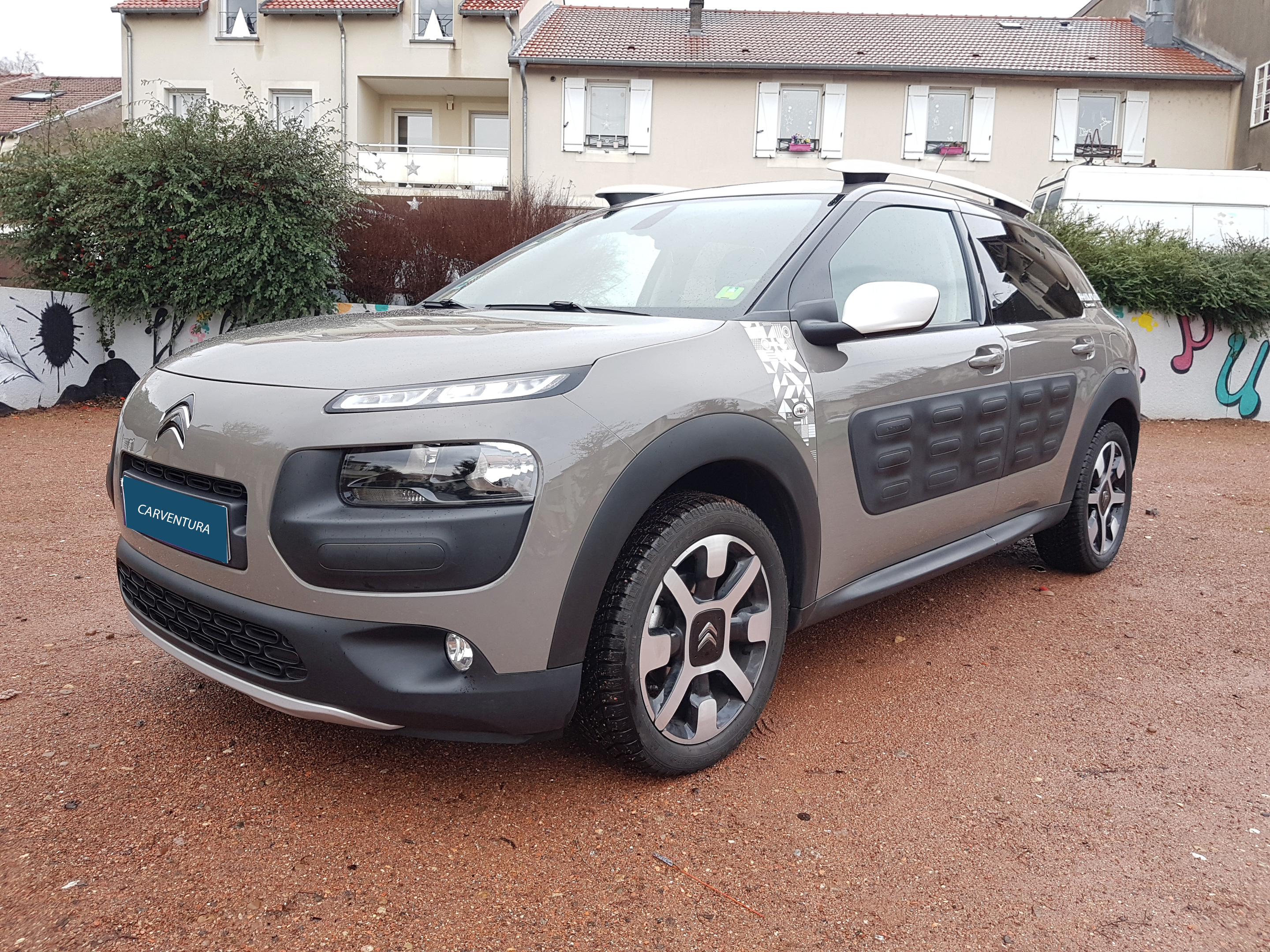 citroen c4 cactus 1 6 bluehdi 100 ripcurl carventura. Black Bedroom Furniture Sets. Home Design Ideas