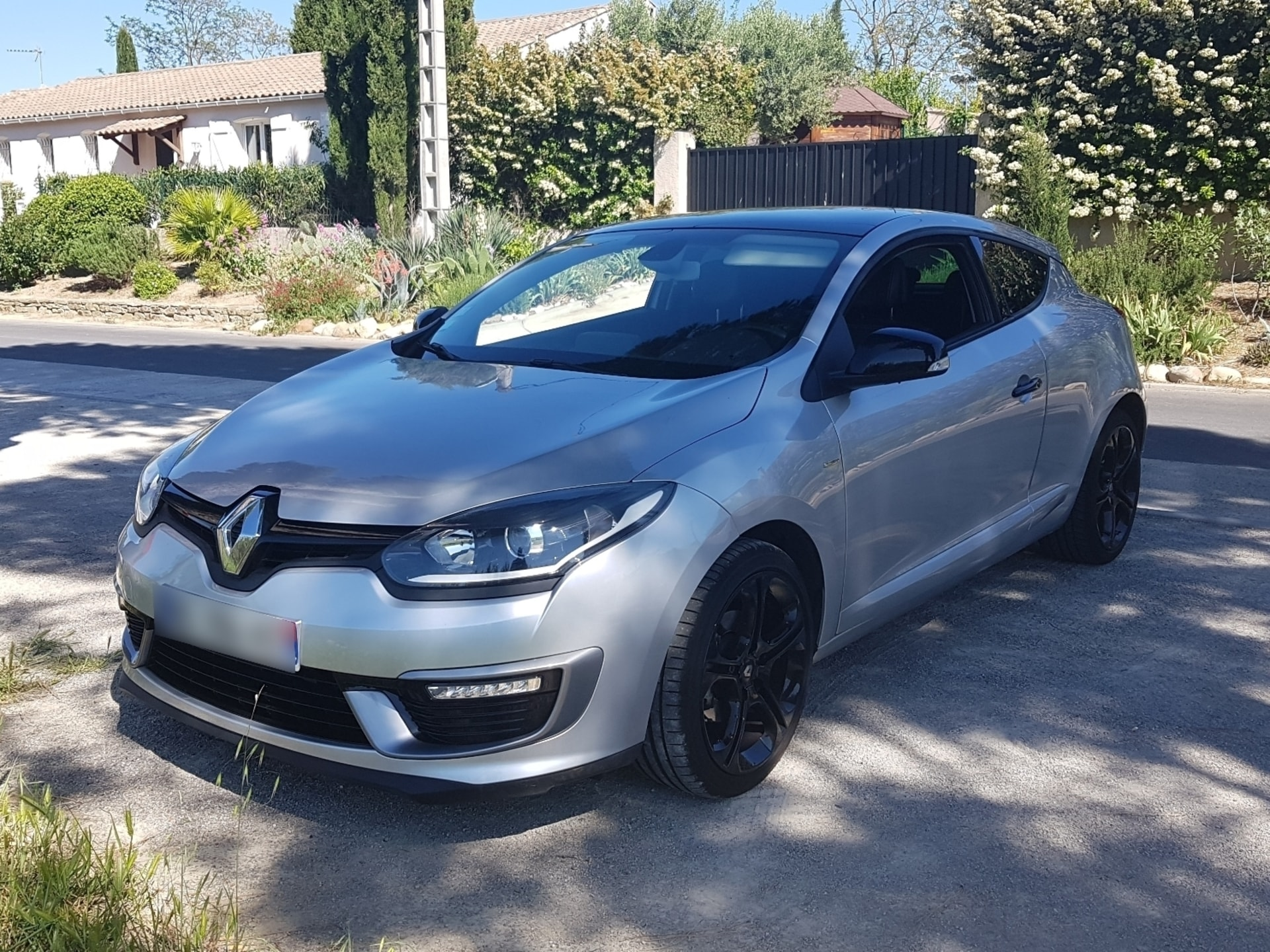 RENAULT MEGANE COUPE 1.2 TCE 130 ENERGY ULTIMATE - Carverntura