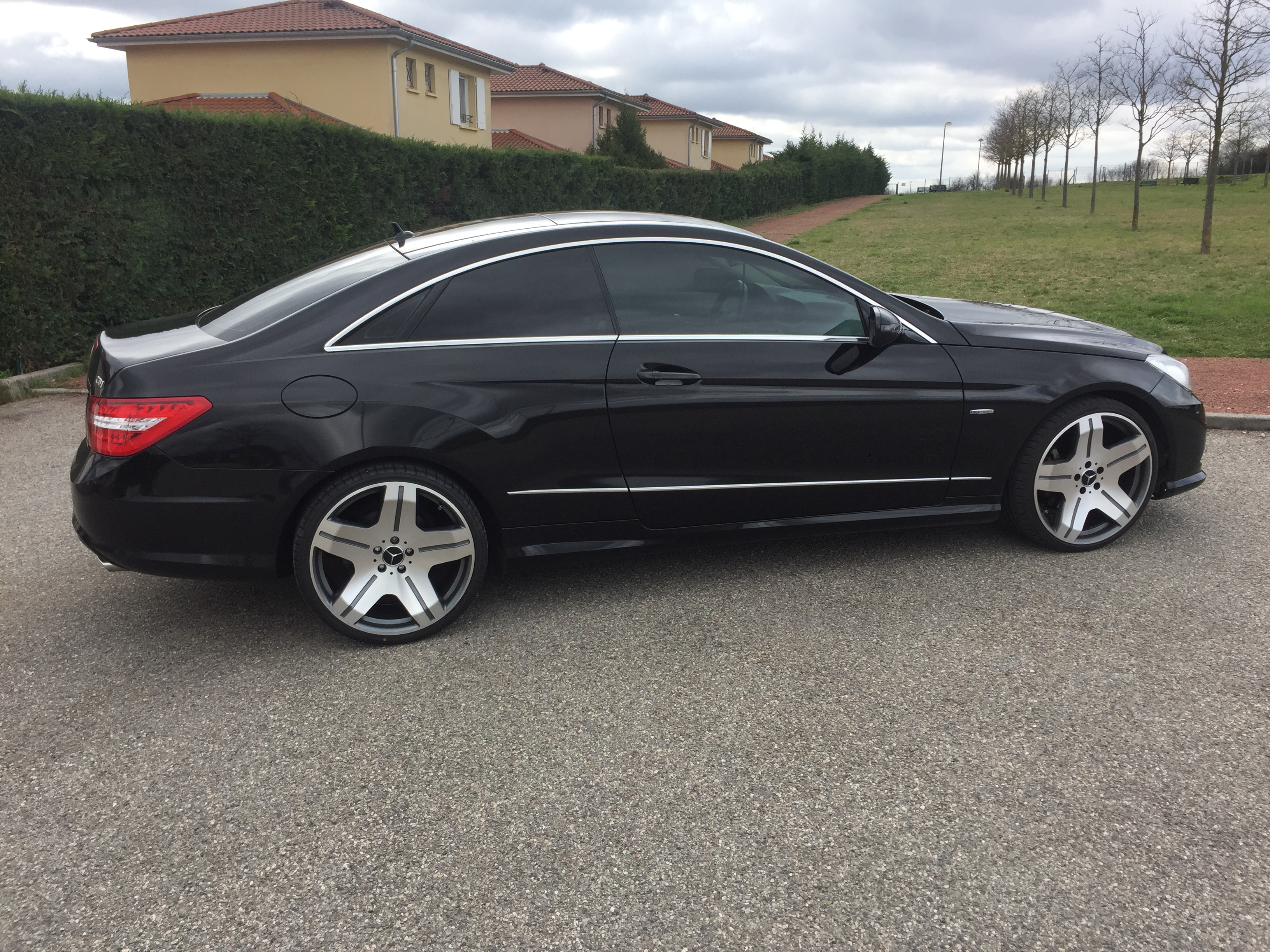 Mercedes classe e coupe 350 cdi 230 blueefficiency executive 7g tronic bva carventura - Mercedes classe e coupe 350 cdi ...
