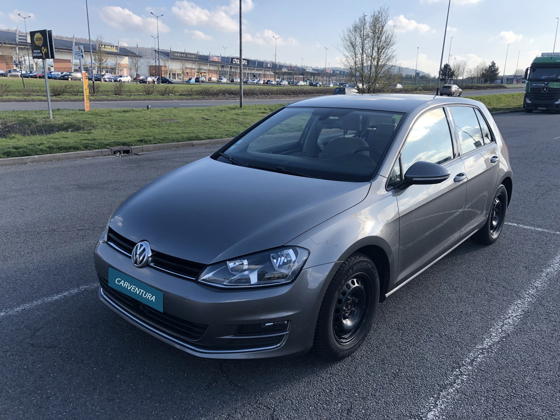 VOLKSWAGEN GOLF 2.0 TDI 150 BLUEMOTION CARAT - Carverntura